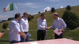 Firma accordo BrentonicoSki_02 19.07.2018